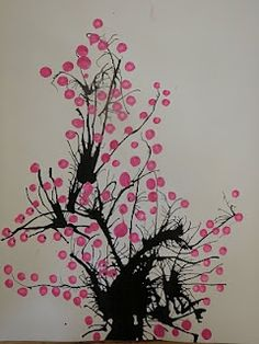 These are done by blowing India ink and using a Q-Tip to dot the flowers. From ArtIsTheBestPartofTheDay.blogspot.com