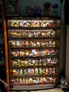 Best Garden Decorations Tips and Tricks You Need to Know - Modern Nintendo Room, Nintendo Amiibo, Amiibo Display, Gamer Bedroom, Nerd Room, Video Game Rooms, Gaming Room Setup, Game Room Design, Decorative Storage