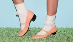 Mary Jane Pump Canvas Shoe + Girly Lace Ankle Sock!