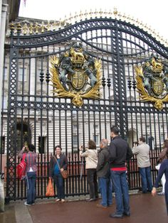 Buckingham Palace...these people need to move out of my picture!