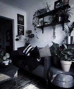 Gothic Living Rooms, Gothic Room, Room Ideas Bedroom, Home Decor Bedroom, Living Room Decor, Dark Home Decor, Goth Home Decor, Aesthetic Room Decor, Dream Decor