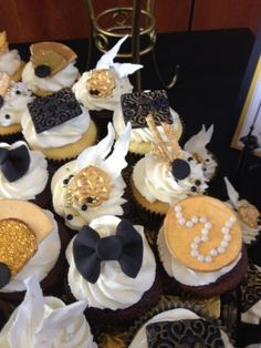 Great Gatsby Cupcakes - Cake by Misty - CakesDecor