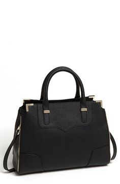 Absolutely dying over this bag, the perfect structured fall bag.
