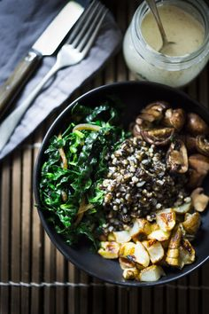 This Roasted Sunchoke and Black Nile Barley Bowl, with kale, mushrooms and parsnips & a Zaatar spiced Tahini Sauce is perfect for fall! Vegan and Nutritious! Tofu, Vegetarian Recipes, Healthy Recipes, Vegetarian Dinners, Healthy Dishes, Healthy Meals, Healthy Food, Grain Bowl, Tahini Sauce
