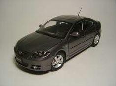 1:18 scale Mazda 3 diecast