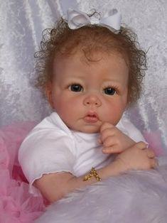 Sharon's Adopted Babies Reborn Baby Girl, Baby Girl Dolls, Baby Girls, Family Day Quotes, Real Life Baby Dolls, Baby Pop, Silicone Reborn Babies, Light Hair, Reborn Dolls