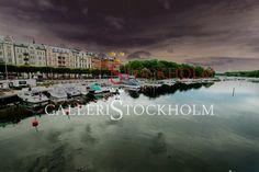 Per Mikaelsson - Strandvägen KMK -  Fotokonst i limiterad upplaga 296 ex numrerade och signerade av fotografen. Finns i fyra olika storlekar  Pris från 4 400 kr Beställ här! Klicka på bilden.