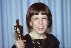 linda hunt | LINDA HUNT for being the first actress to win an Oscar for playing a ...