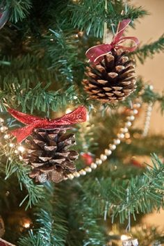 DIY Pinecone Christmas Ornaments by TopTenDiy
