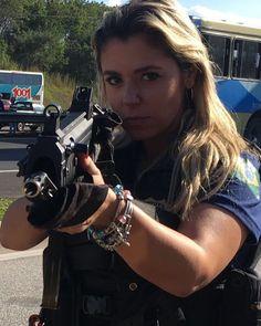 """3,646 curtidas, 22 comentários - Moral Policial (@moralpolicial) no Instagram: """"Cai pra dentro vagabundo... (Mari - PRF) #MORALPOLICIAL #policia #policial #policiarodoviaria…"""""""