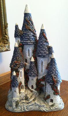 FairyTale Castle - David Winter 1982