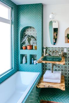 Modern Approach - Justina Blakeney's Jungalow Bathroom Reno With Fireclay Tile - Photos Bathroom Interior Design, Home Interior, Interior Designing, Scandinavian Interior, Interior Doors, Luxury Interior, Fireclay Tile, House Ideas, Spanish Style Homes