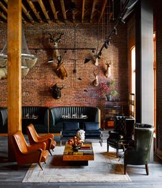<p>I discovered the work of New York based photographer Douglas Friedman while reviewing the gorgeous interior of Naomi Watts NY apartment. After studying Anthropology and Documentary Film Making at O