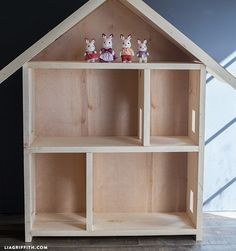 Give A Home – Make Your Own Dollhouse