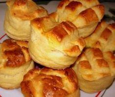 Pehelykönnyű krumplis pogácsa - Scone with potato Hungarian Desserts, Hungarian Cuisine, Hungarian Recipes, Bread Dough Recipe, Fancy Appetizers, Savory Pastry, Salty Snacks, Creative Food, Sweet Recipes