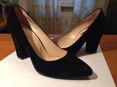 #Damen #Mode #chic #Absatz #Schuhe #hoheSchuhe #samt #Mode #Abendkleidung #dickerAbsatz #Kleiderkreisel http://www.kleiderkreisel.de/damenschuhe/hohe-schuhe/140246439-schwarze-samtschuhe.