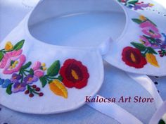 Collar applique Kalocsai design handembroidered by KalocsaArtStore, $39.00