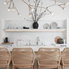 Minimalist Home Tips Declutter minimalist interior house decor.Minimalist Home Tour Lamps minimalist decor living room scandinavian design. Minimalist Kitchen, Minimalist Interior, Minimalist Bedroom, Minimalist Decor, Minimalist Living, Minimalist Wardrobe, Modern Minimalist, Minimalist Fashion, Home Decor Kitchen