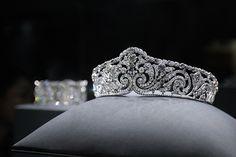 SCROLL TIARA Cartier Paris, 1910 - sold to Elisabeth, Queen of the Belgians (1875-1965).