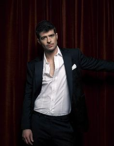 Robin Thicke! Robin Thicke, Attractive People, Singing, Peeps, Photography, Fictional Characters, Photograph, Fotografie, Photoshoot
