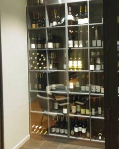 Tai tämmösen viinikaapin. @gastrobar_emo #ravintola #ruokablogi #ruoka #herkkusuu #lautasella #Herkkusuunlautasella #ruokasuomi