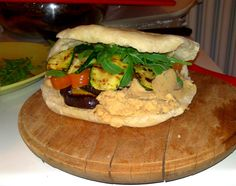 hummus and grilled vegetables pita