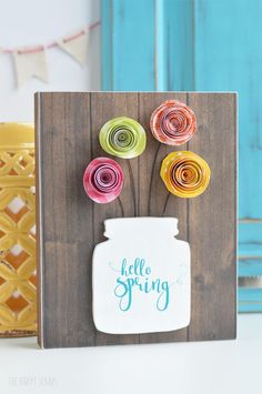 I'm loving all the vibrant projects I've been seeing in the past few weeks! Here are 18 Spring Projects from this week's Best Friday Features!