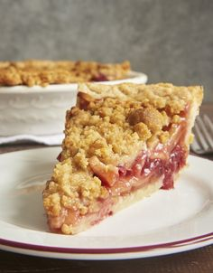 Apple Cranberry Crumb Pie is a sweet, tart, absolutely delicious pie. That fruity filling and a sweet, buttery crumb topping make this one irresistible dessert! - Bake or Break: