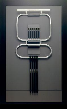 David Watkins - Artist in Jewellery, a Retrospective View (1972 - 2010) | V&A