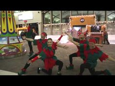 """#xmascausemarketing WestJet Surprise Christmas Flash Mob! WestJet says it will donate flights to """"a family in need"""" once the video reaches 25,000 views. Views are already over 27,000! #fb"""