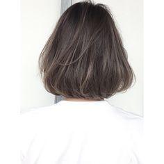 いいね!445件、コメント6件 ― 金田和樹 kaneta kazukiさん(@kaneman.jp)のInstagramアカウント: 「ハイライトとローライトを、混ぜてカラーをすると、めちゃめちゃきれい♡ ぜひ挑戦してみましょう♡ボブスタイルが得意です☆ . . . #shima#グレージュ#ロブ#ボブ #ハイライトカラー . .…」