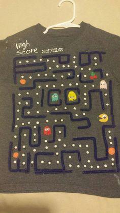 100 days of school t-shirt  Pac-man ( 100 white pom poms)