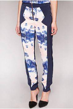 ELLE's favorite printed pants