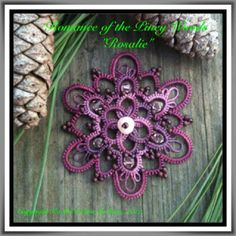Good morning, dear readers! It has been a while since I posted a FREE pattern. So... here is the Rosalie  pendant from my  Romance of the...