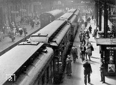 1935 Urlaubszug nach Heringsdorf am Bahnsteig E im Stettiner Bahnhof Berlin