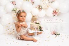 Baby Cake Smash, 1st Birthday Cake Smash, Baby Girl 1st Birthday, Birthday Girl Pictures, First Birthday Photos, Cake Smash Photography, Birthday Photography, 1st Birthday Decorations, Wedding Decorations