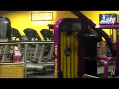 What a workout! Video captures woman gliding through dance moves on gym treadmill Planet Fitness Workout, Video Capture, Dance Moves, You Funny, Physical Fitness, Get In Shape, Get Healthy, Treadmill, How To Lose Weight Fast