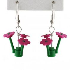 somebody find me a pair of lego flowers, I'm making this!!!