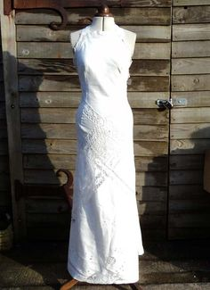 Vintage Linen Cutwork And Lace Backless Wedding Dress