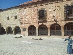 El Tren Medieval de Sigüenza Medieval, Mansions, House Styles, Home Decor, Train, Mansion Houses, Homemade Home Decor, Manor Houses, Mid Century