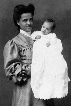 American Women: Photos of African American Women African American Fashion, African American Hairstyles, African American History, Black Hair History, American Photo, American Story, African Diaspora, The Ranch, Black Is Beautiful