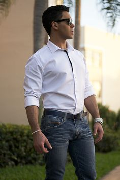 Banana Republic Jeans & dress white starched shirt - a never miss!