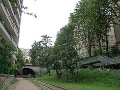 Promenade sur la Petite Ceinture du 15e arrondissement de Paris  http://www.pariscotejardin.fr/2013/08/promenade-sur-la-petite-ceinture-du-15e-arrondissement-de-paris/