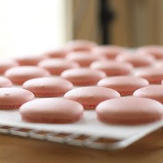 Making macarons using the Italian meringue method