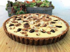 Speculaas Witte Chocolade Ganache Taart Baking Recipes, Cake Recipes, Dessert Recipes, Desserts, Ganache Cake, Mousse Cake, Dutch Bakery, Baking Bad, Quiche
