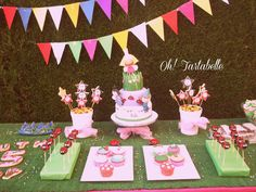 Theme parties 3 years old girl - Celebrat : Home of Celebration, Events to Celebrate, Wishes, Gifts ideas and more ! Royal Theme Party, Frozen Theme Party, Party Themes, Theme Parties, Country Birthday Party, 2nd Birthday Parties, Birthday Ideas, Ben And Holly Party Ideas, Ben E Holly