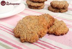 Cómo preparar unas sanísimas galletas de avena. Un postre perfecto para los niños de casa, no dejarán ni las migas, una receta con un montón de fibra perfecta para la merienda. Preparación paso a paso y fotos.
