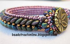 Lentille bracelet pattern designed by Adele Kimpell and beaded by Janet using CzechMates two-hole lentils.