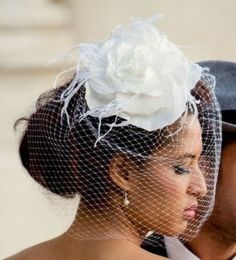 3e938b0c4130f0 How To Make Your Own Hair Fascinator With Bird Cage Veil For Your Wedding