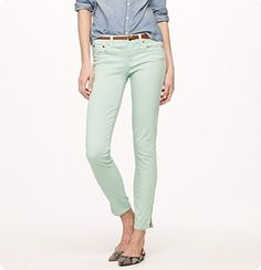 I have yet to wear this outfit with my mint jeans.
